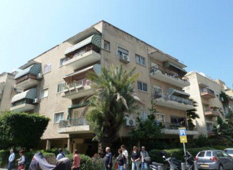 יהלל 8 פינת וייזל 5 תל אביב (בניין לשימור)